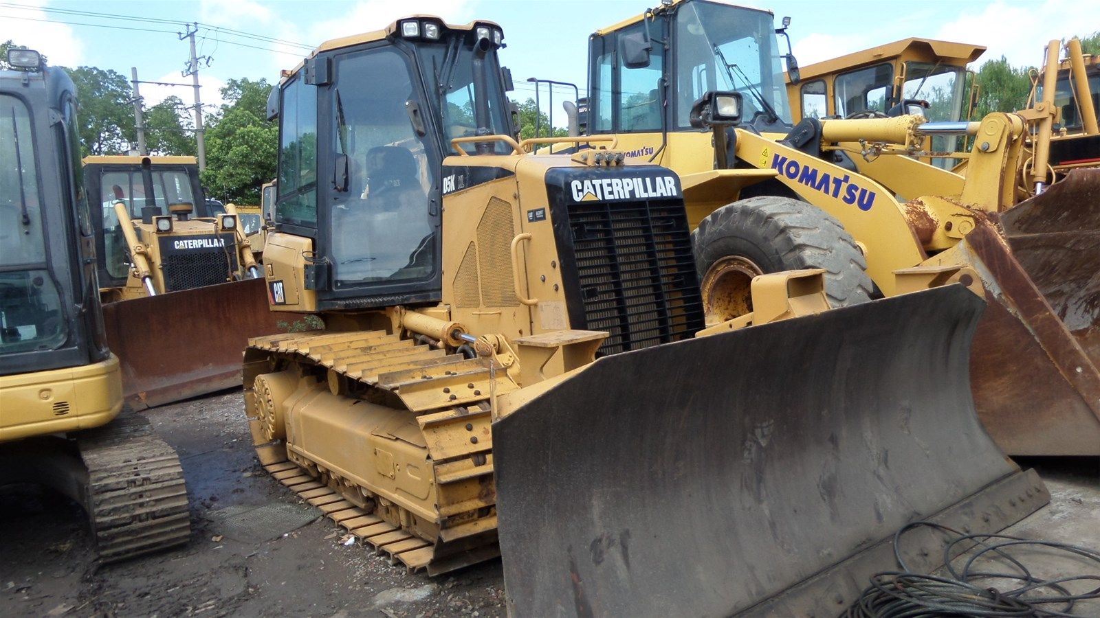International Certificated Cat Used Bulldozer D5K at low price All Series Cat Hydraulic Dozer for hot sale