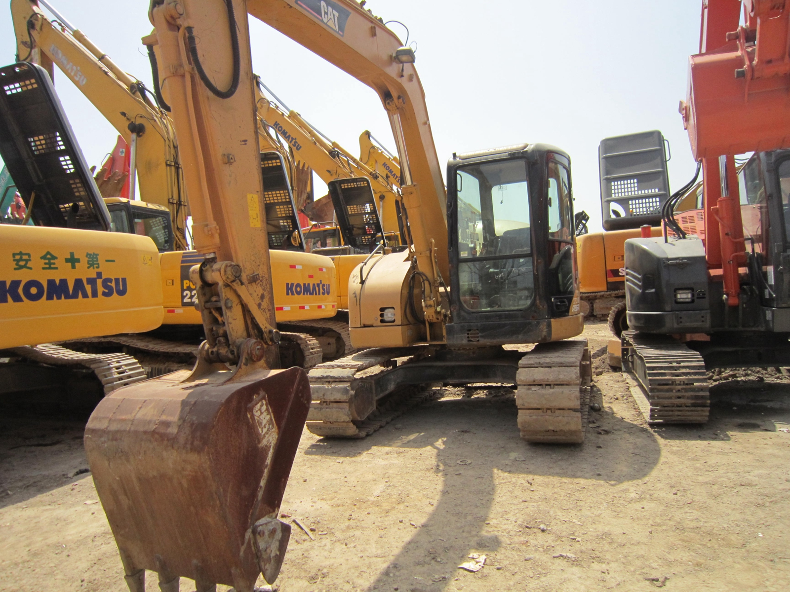 Running condition 8 ton Japanese used cat 308C excavator for sale in Shanghai site