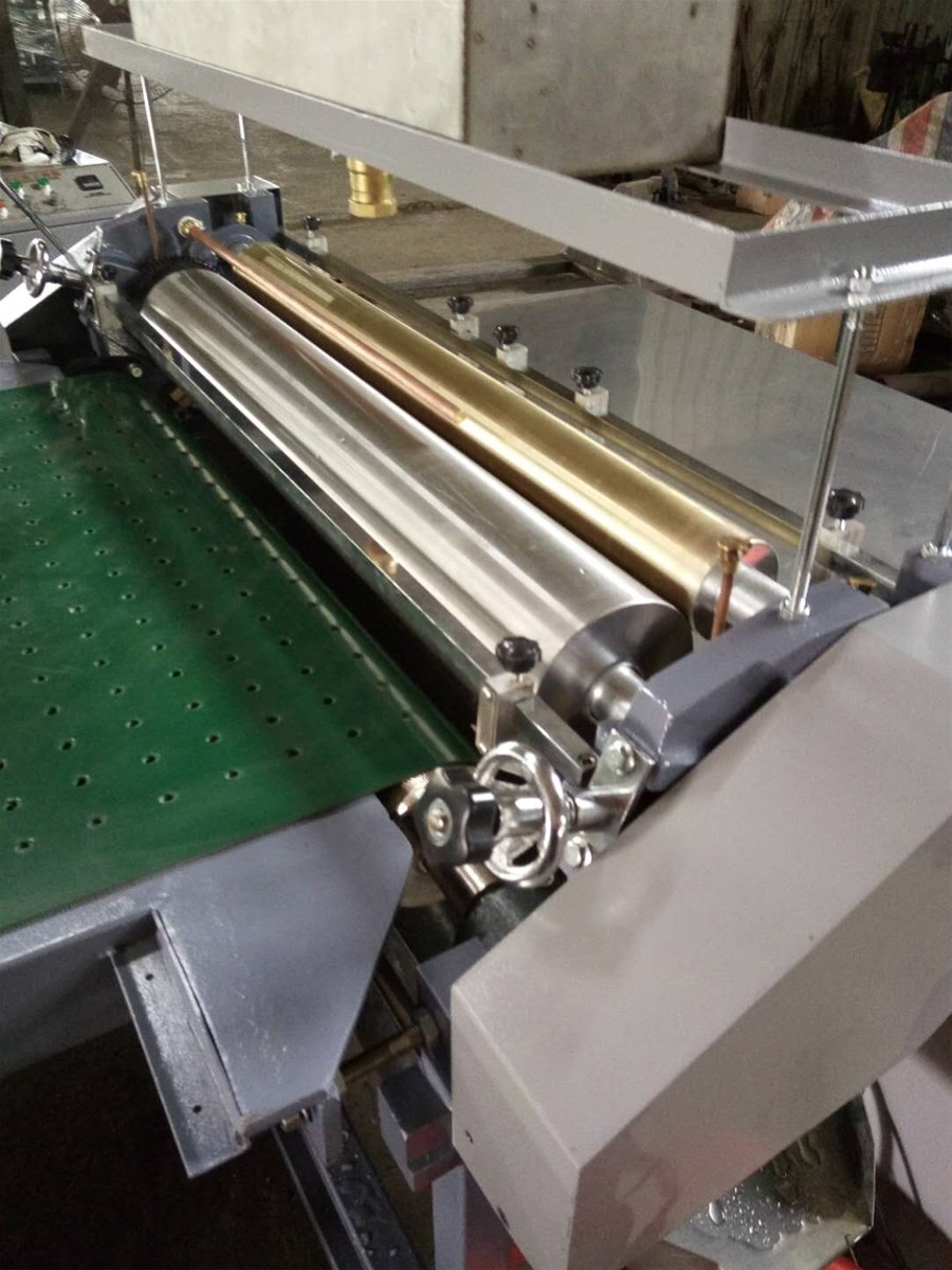Manual Gluing Machine Model WSD650C750C850C