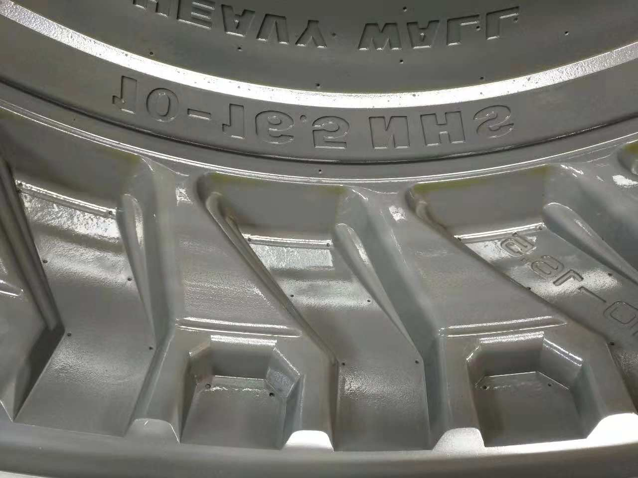 Manufacturing Qingdao PinJin Precision Mold Co Ltd is a professional manufacturer of tire molds for R D manufa
