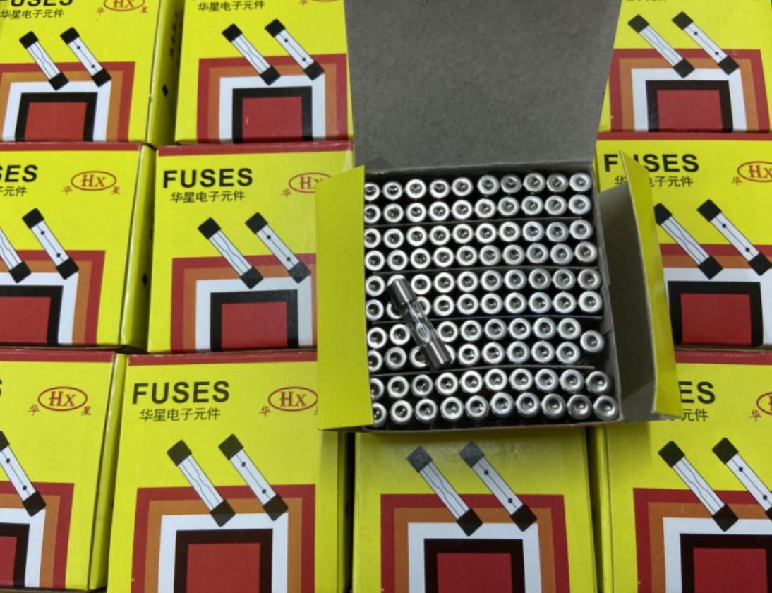 glass ceramic fuse 100MA1A2A3A5A8A 520MM 630mm 250V holder socket PCB board suqare liquid