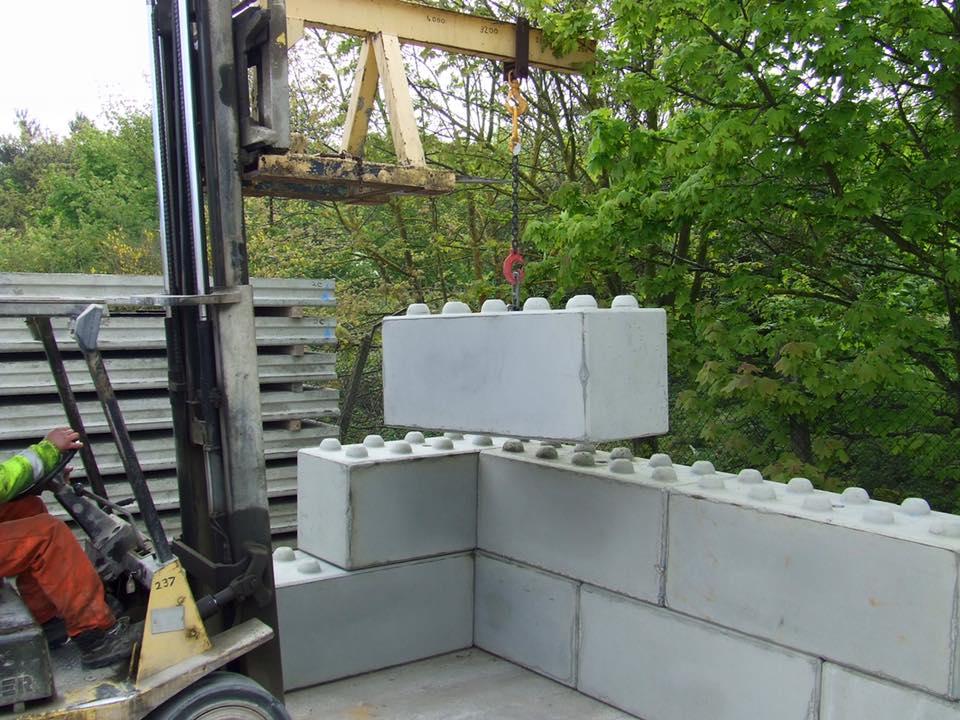 Lego type Steel concrete cement interlocking block mould1608080cm