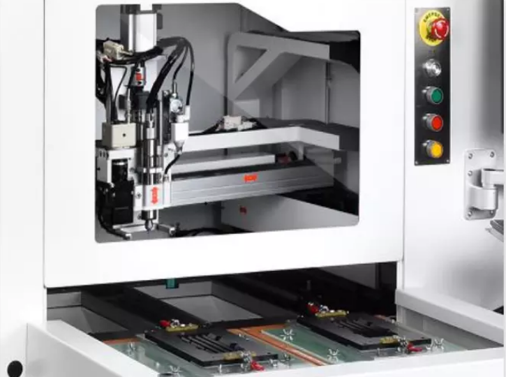 60000rpm 350 X350 mm HighDefinition Visual Alignment Automatic Offline PCB Depaneling Router