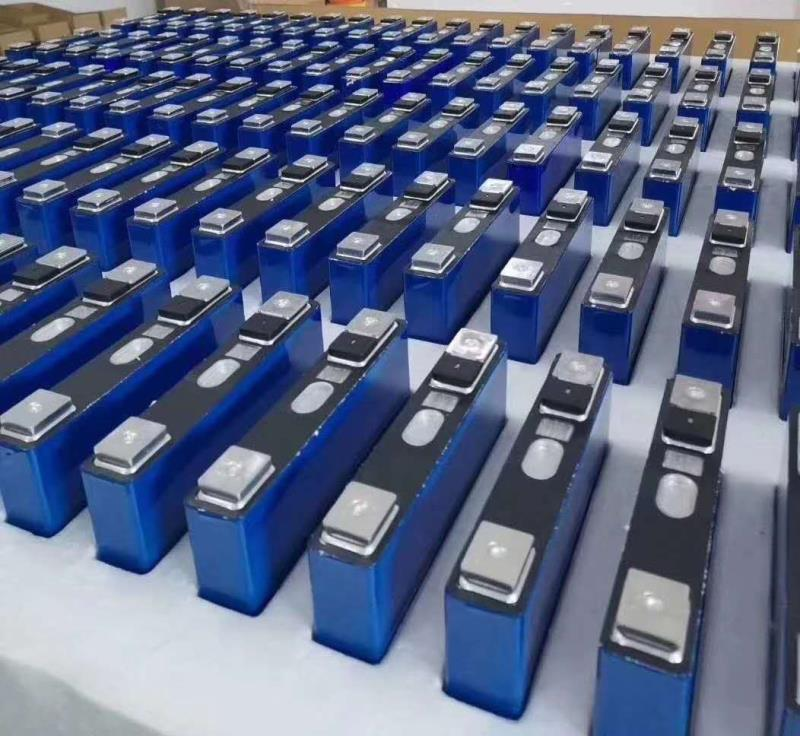 32v 50ah rechargeable lifepo4 prismatic battery cell