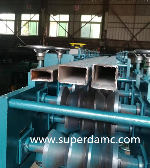 Carbon Steel Rectangular Tube Roll Forming Machine