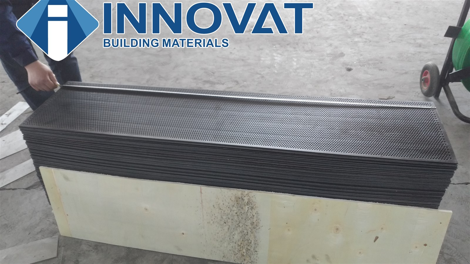 Supplier Of Low Price Perforated Sheet Stainless Steel Round Hole