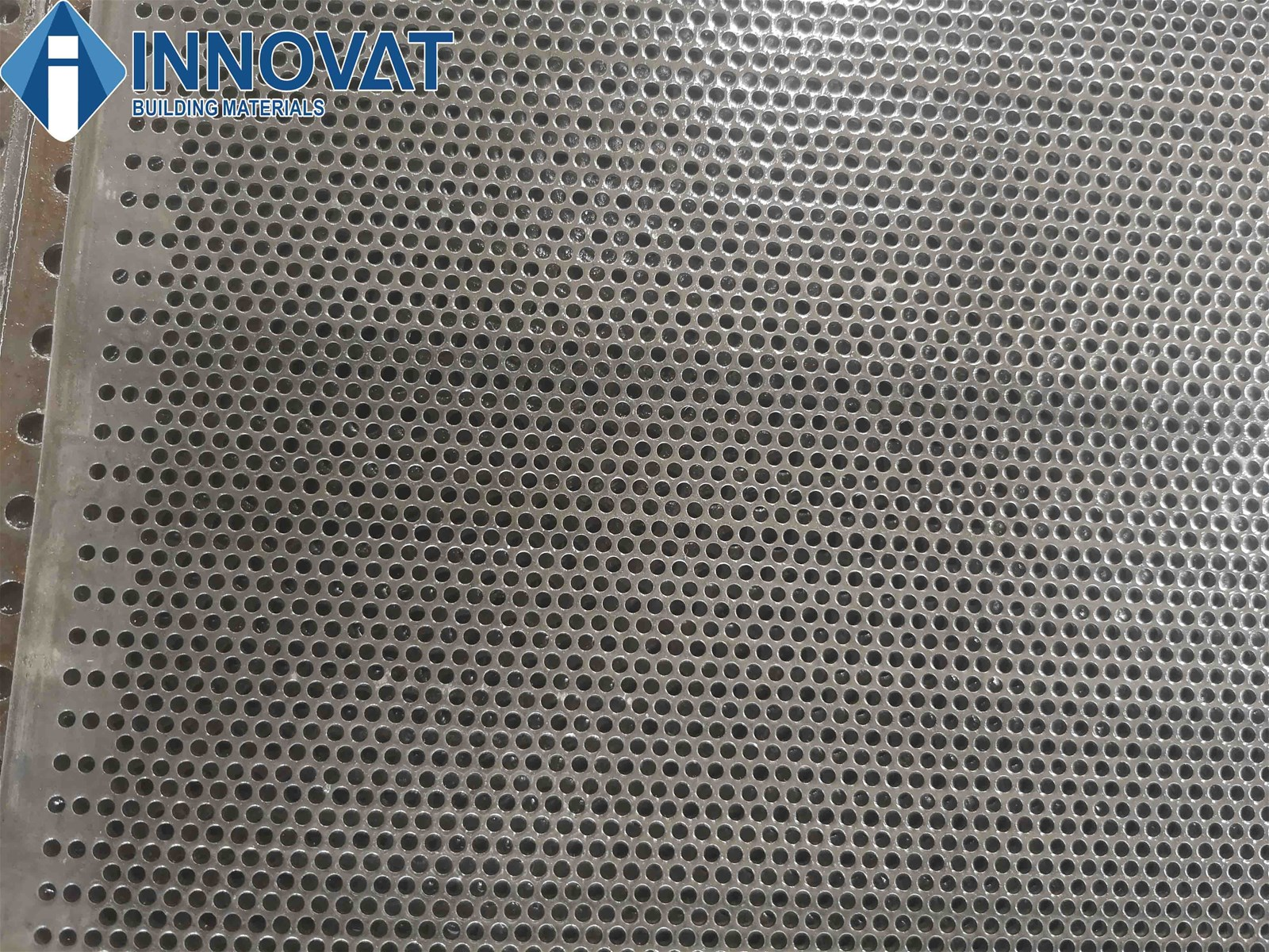 China Supplier Roud Hole Perforated Metal Sheet