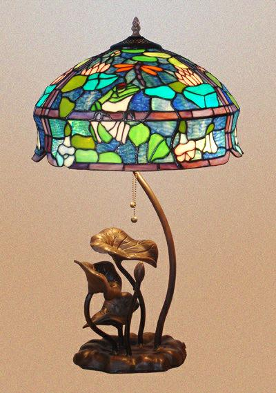 Tiffany Stained Glasses Table Light