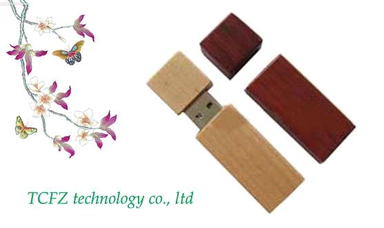 Wooden USB Flash Driver