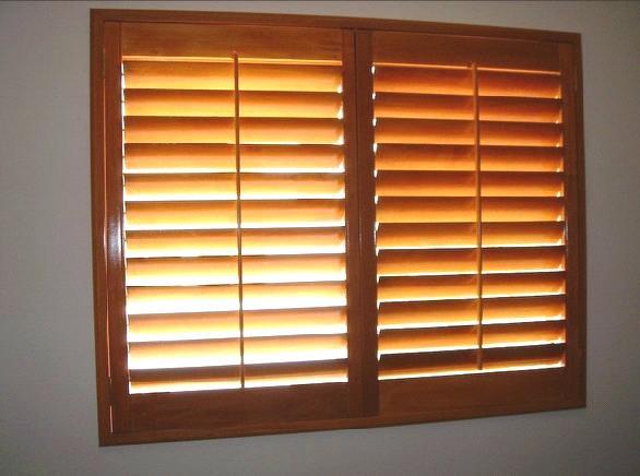 window wood plantation shutter oyjp 04 - Wood Plantation Shutters