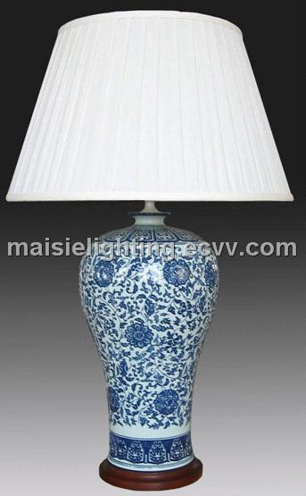 Hand Painted Porcelain Table Lamp