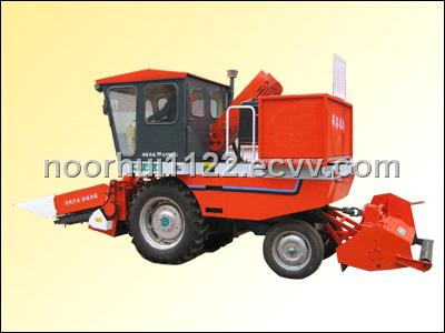 Corn Combine Harvester Mounted on Tractor