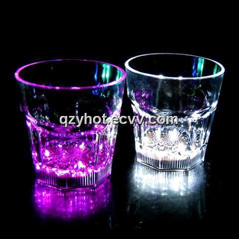 LED Flashing Cup Shot Glass liquid bright automaticly Cocktail Shaker