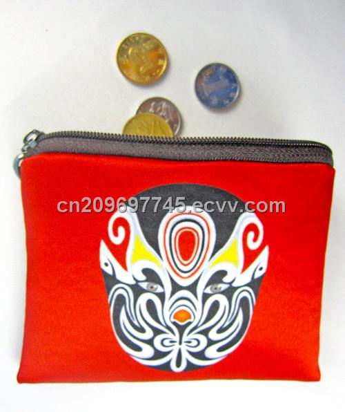 Chinoiserie style change purse