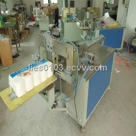 Facial tissue packaging machine