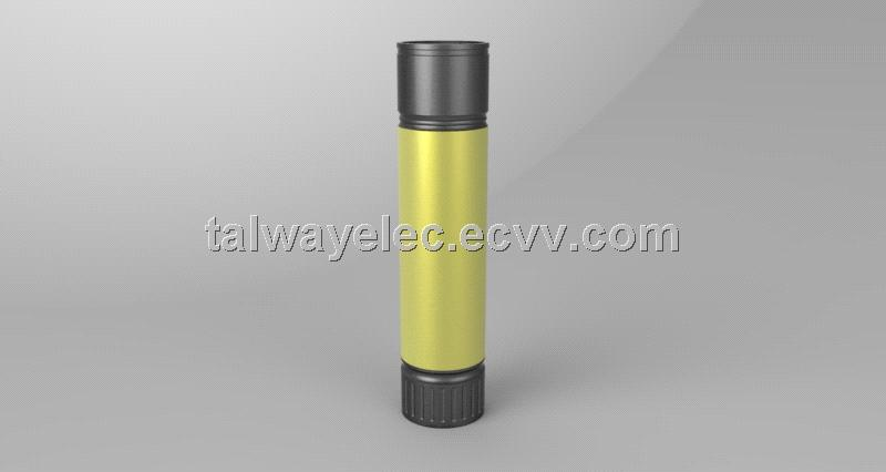 PB004/ External Mobile Power Bank Flashlight, China New Innovative Product
