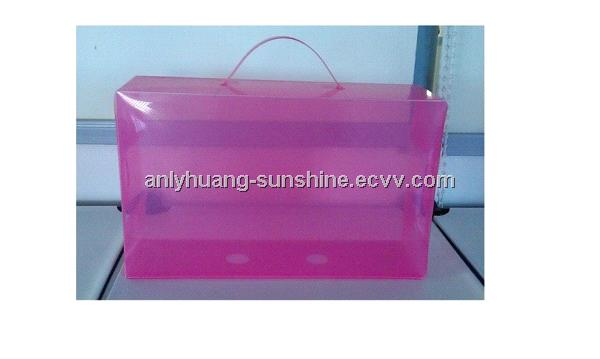 Folding handle shoe box