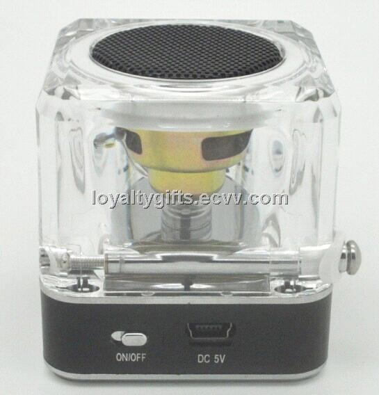TT-028 Clock FM Radio USB TF Card MP3 Music Player Multimedia Speaker For PC PDA