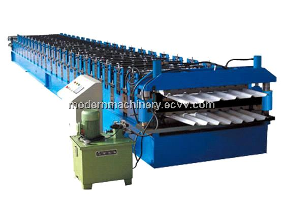 Corrugated roof panel roll forming machine