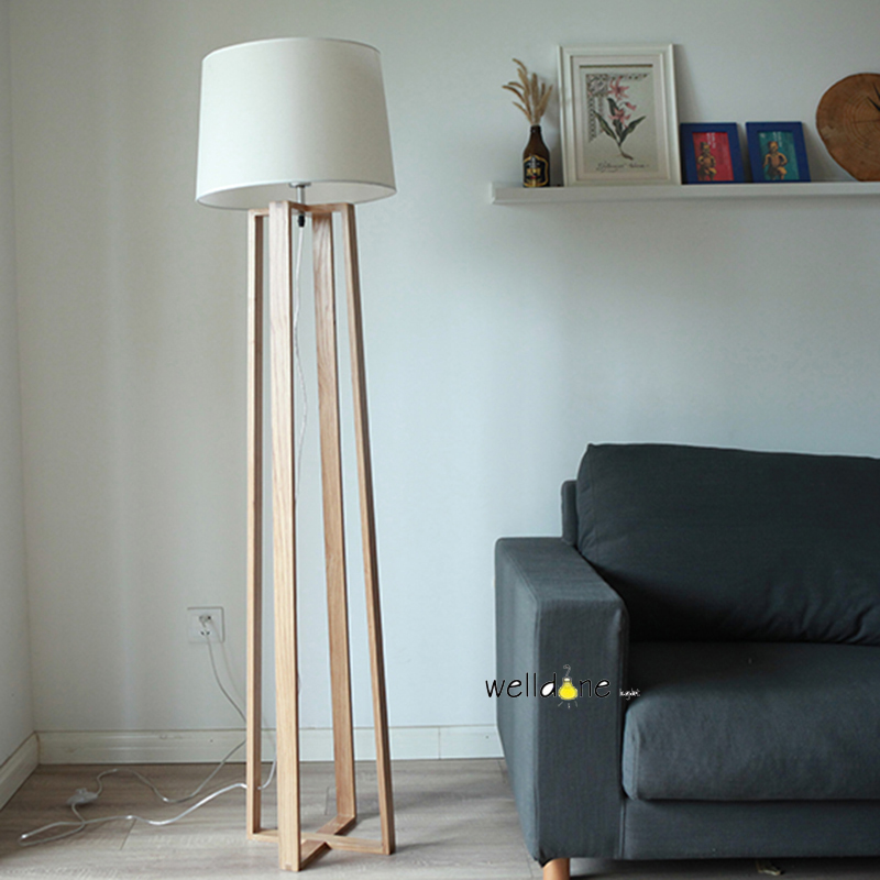 The Nordic  minimalist wooden floor lamp NEW Japanese living room bedroom study vertical solid wood lamps
