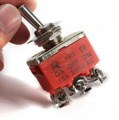5Pcs//set 125V 6A ON//OFF//ON 3 Pin SPDT Toggle Switch With Waterproof Cover Cap