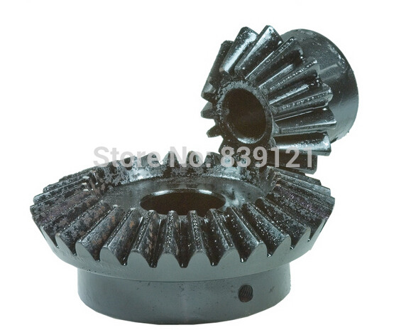 Precision bevel gear 1:2 ratio /0.5Model 35 and 70tooth bevel gear transmission / 90 degrees 0.5model