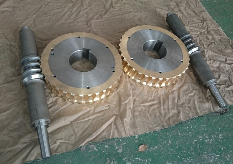 machining double enveloped worm gears (4)