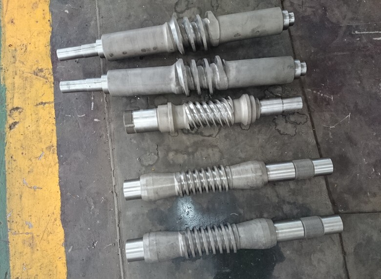 machining double enveloped worm gears (3)