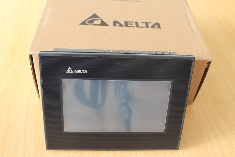 Freeship DOP-B07S411 NEW Original Delta HMI, 7-Inch DOPB07S411,support RS232 / RS422 / RS485,DOP B07S411, WIN XP, WIN7 Usable