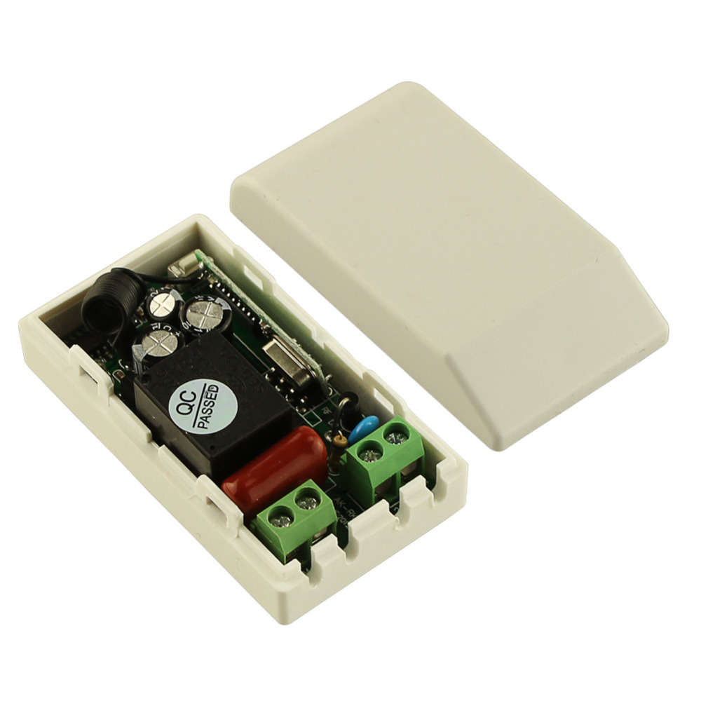 AC 220 V 1CH RF Wireless Remote Control Switch System Receiver Transmitter 2 Buttons 4PCS Controller 433.92mhz