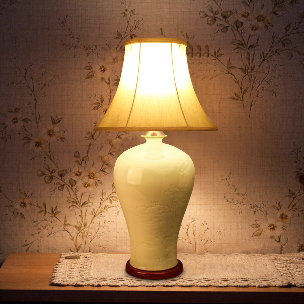 Traditional LED Table Lamp Jingdezhen Ceramic Fabric Lamp E27 220v 110v For Bedroom Hotel Villa Company Gift