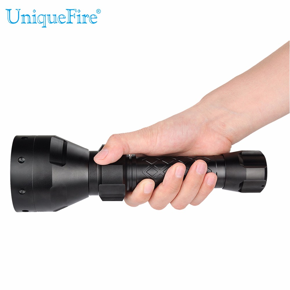 Uniquefire 67mm Lamp Torch Zoomable UF-1405 Cree XRE LED Flashlight Green/Red/White Light 3 Modes Switch Light+18650 Charger