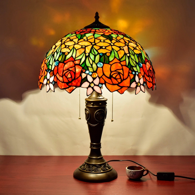 European retro rose glass living room decorative lamp American Pastoral bedroom bedside lamp 16 inch Stained glass Desk Lamps