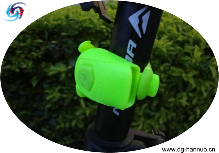 2014 latest high lumen waterproof LED bike light /bike led light
