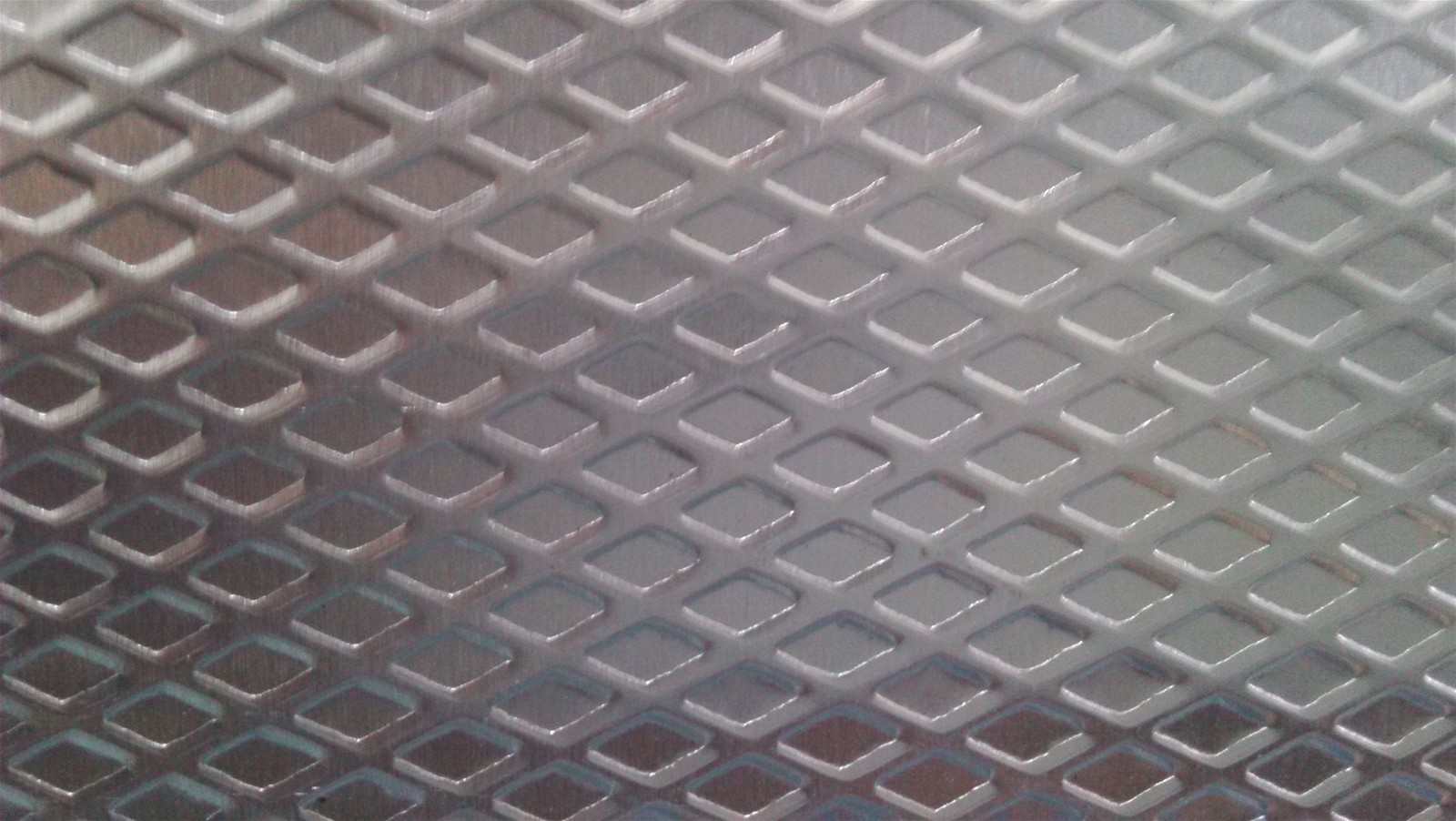 Diamond Embossed Aluminum Sheet For Antiskid From China