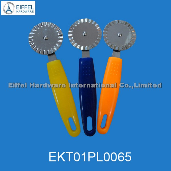 Promotional Pizza cutter  with ABS handle, handle color can be customized(EKT01PL0065)