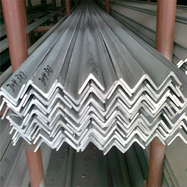 GB Standard Q235 Hot Rolled Angle Steel