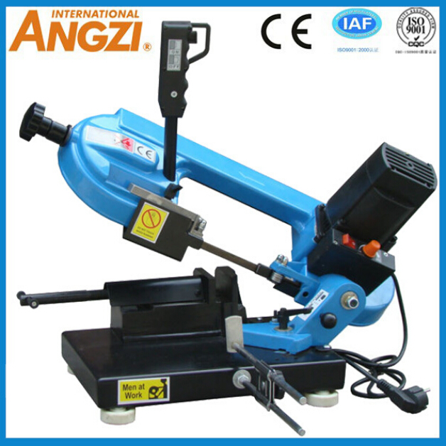 Mini mobile angle iron cutting machine