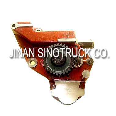 Sinotruk Howo Truck Engine Parts Oil Pump