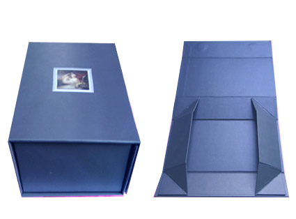 Foldable paper box