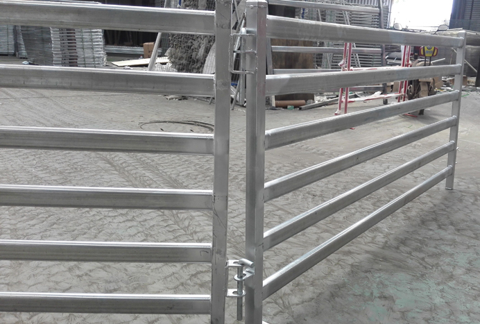1meters Height 5 Oval Rails Sheep Fence Panel