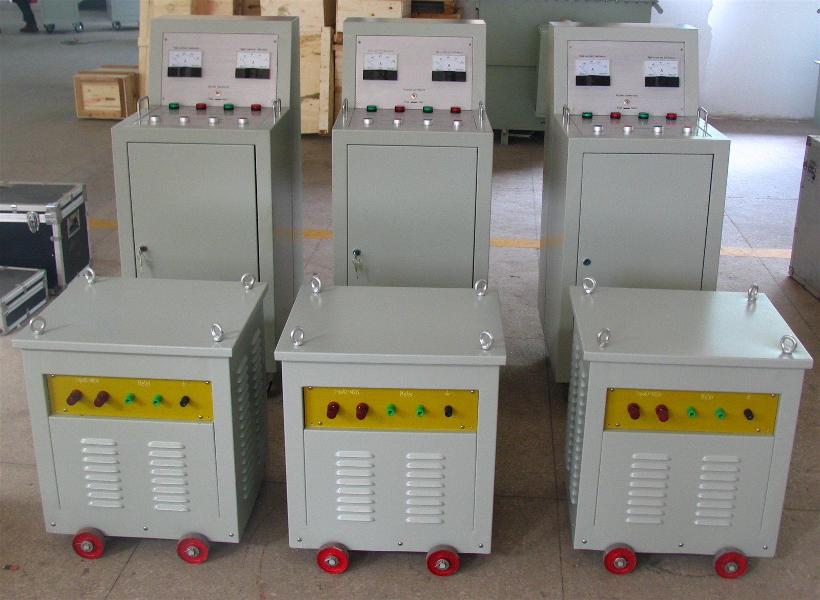 Series Large Current Generator