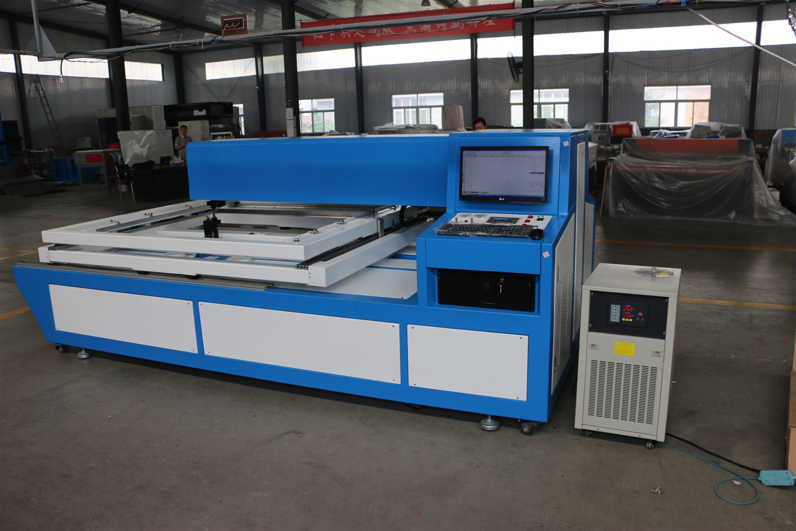150W + 150W co2 laser die board cutting machine for package industry