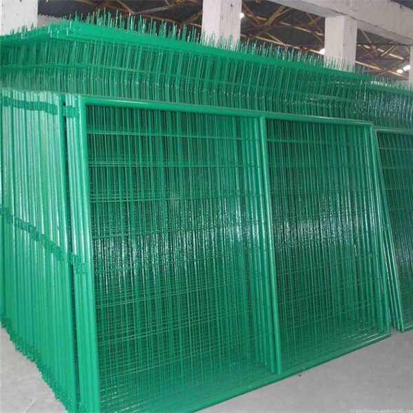 PVC-coated wire fence panel hot sale