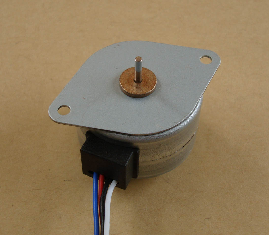 Permanent Magnet Totally Enclosed Mini Electric 2 Phase 12 Volt DC Stepper Motor