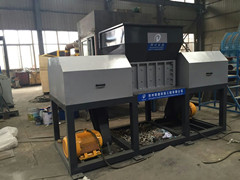 Liande root shredder and chipper with sharp shredder blades