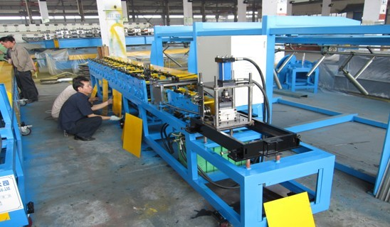 T Roll Forming Machine