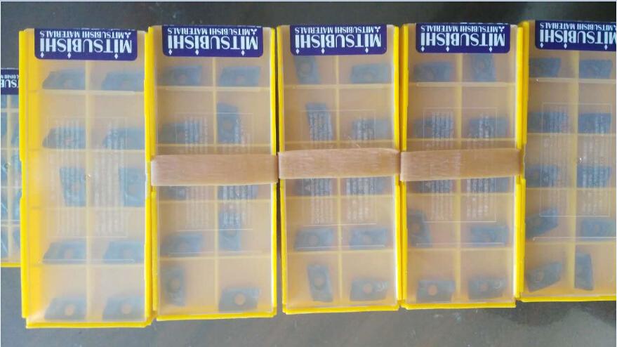 10PCS in BOX Original MITSUBISHI RCMT0602MO UE6110 Carbide Insert New in Box