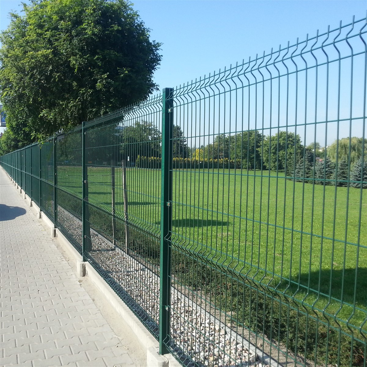 Powder coated welded wire mesh fence purchasing, souring agent ...