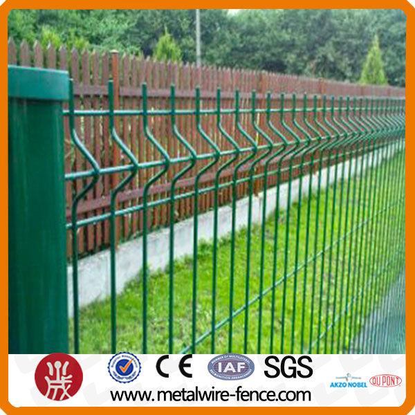 2016 shengxin direct 3d bending wire mesh home garden fence